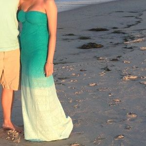 Turquoise ombré rosy dress